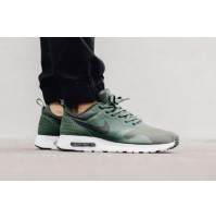 Кроссовки Nike Air Max Tavas Carbon Green