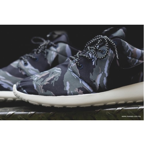 Кроссовки Nike Roshe Run Camo Pack