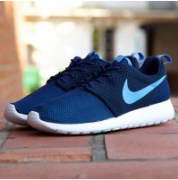 Кроссовки Nike Roshe Run Hyperfuse University Dark Blue (синие)