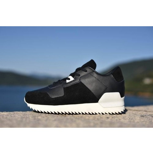 Кроссовки Adidas Originals ZX700 Remastered Black/White