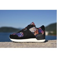 Кроссовки Adidas ZX700 Remastered Black Floral