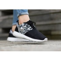 Кроссовки Nike Roshe Run Black w02