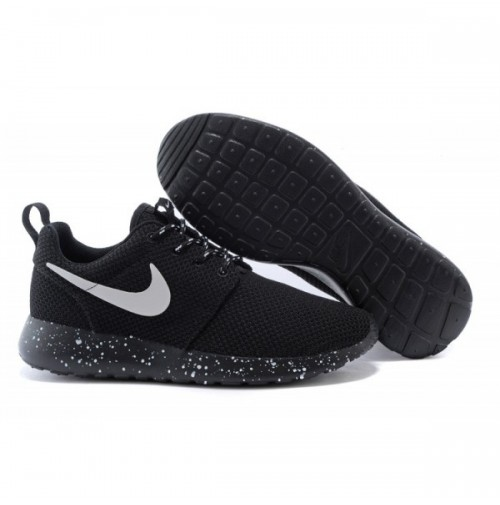 Кроссовки Nike Roshe Run Black Dots